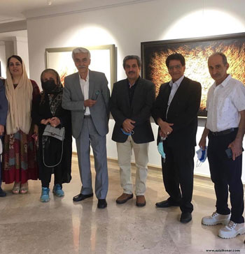 تصاویری از برگزاری نمایشگاه آثار خط نقاشی استاد احمد محمدپور با عنوان رقص قلم در گالری کاما