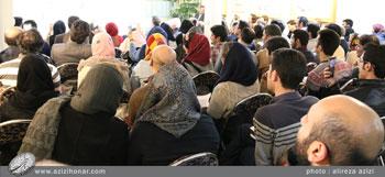گزارش تصویری از استقبال پر شور اساتید و هنرمندان از کارگاه آموزشی پیرامون هنرخوشنویسی در فرهنگستان بختیاری اسفندماه1395